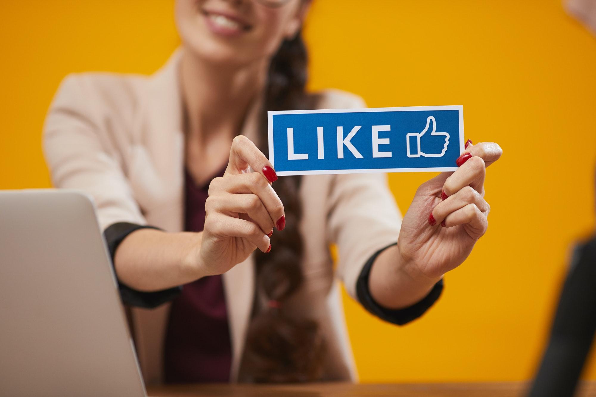 Mit Instagram und Facebook Geld verdienen